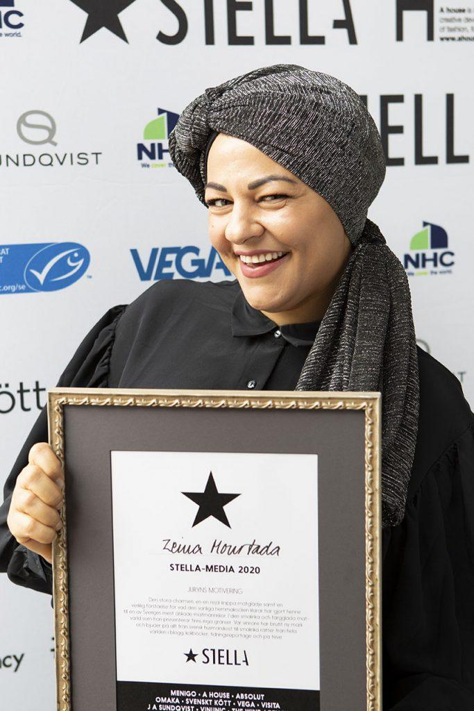 Zeina Mourtada, som driver Zeinas Kitchen, prisades som årets Stellamedia när Stellagalan arrangerades i Stockholm under måndagen den 21 september